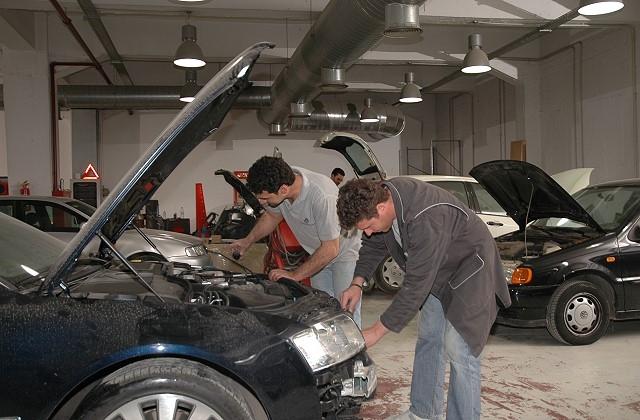 SP Service Παζαρόπουλος, Επισκευή αυτοκινήτου, after sales service, υγραεριοκίνηση, φανοποιείο, μεταχειρισμένα, αναβαθμίσεις, δερμάτινες επενδύσεις, ελαστικά αυτοκινήτων